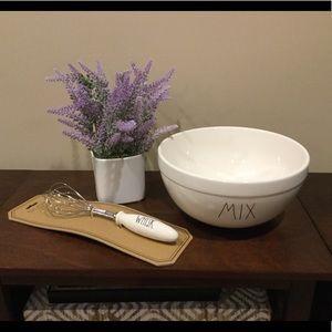 New Rae Dunn Large MIX Bowl & WHISK Set